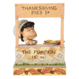 Lucy Thanksgiving Pie Stand