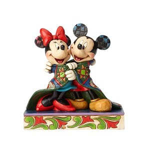 Mickey & Minnie with Quilt