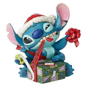 Santa Stitch Wrapping Present