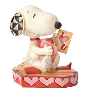 Snoopy with Valentines Cards